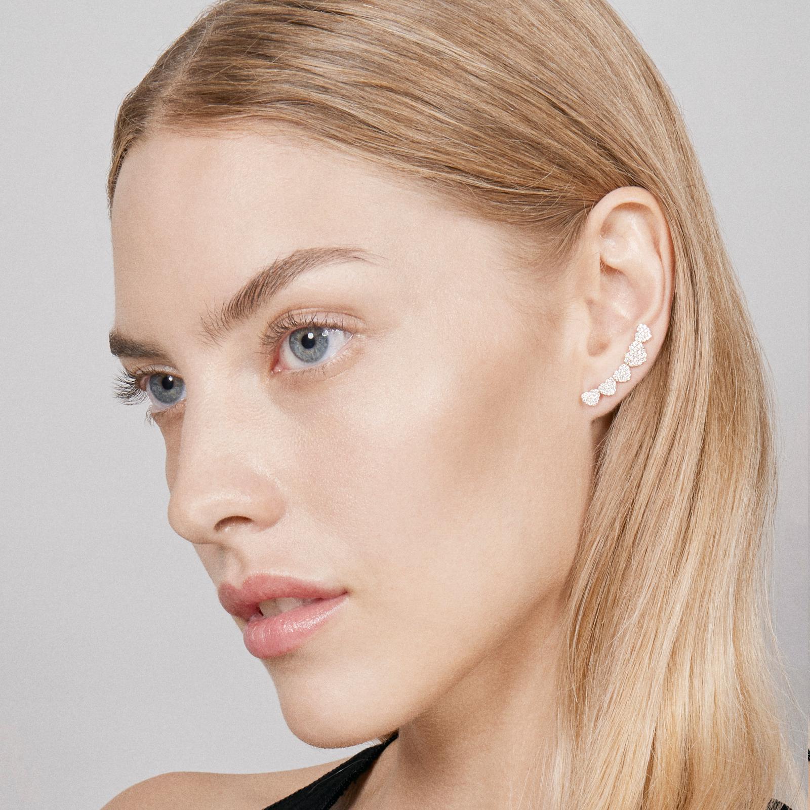 Mono Orecchino earcuff in oro rosa con cuori in diamanti - Rosanna Cattolico gioielli