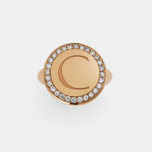 Crivelli - Anello in oro rosa con contorno in diamanti e lettera incisa Rosanna Cattolico gioielli