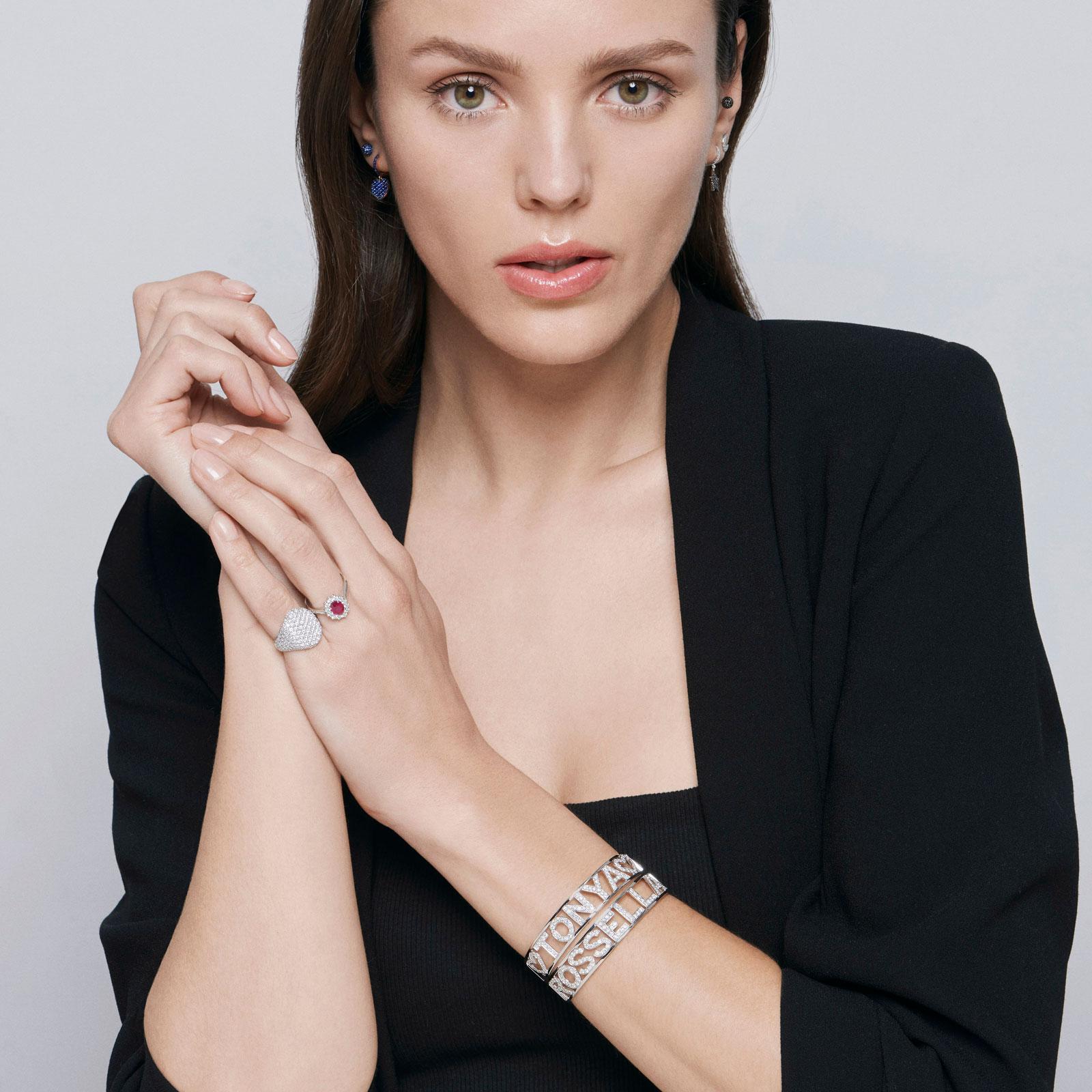 Crivelli - Chevalier in oro bianco e pavè di diamanti