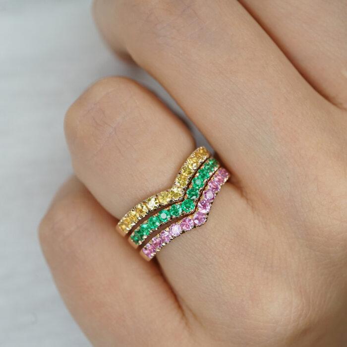 Crivelli - Anello Chevron in oro rosa e smeraldi