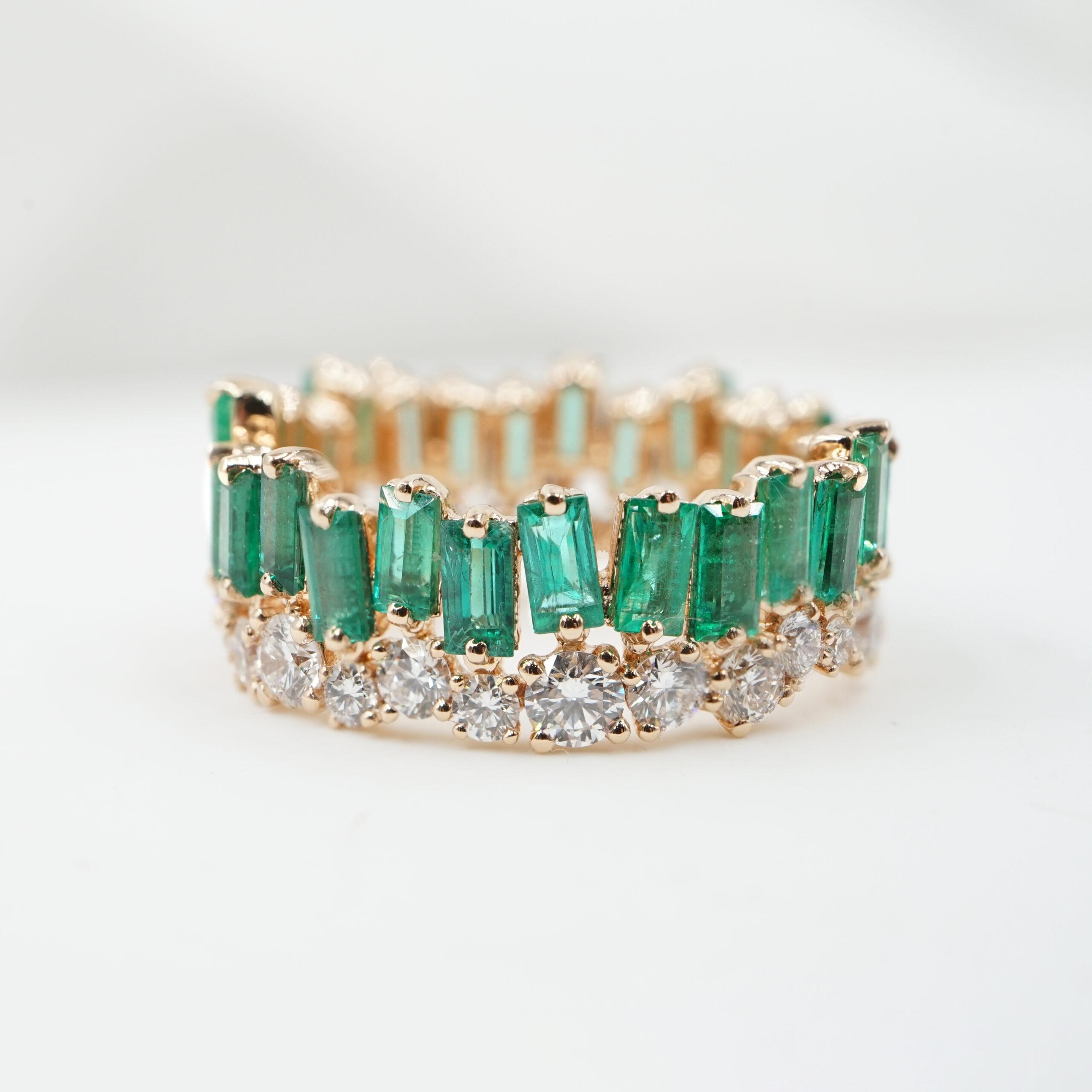 Crivelli - Anello vera in oro rosa con diamanti e smeraldi taglio baguette