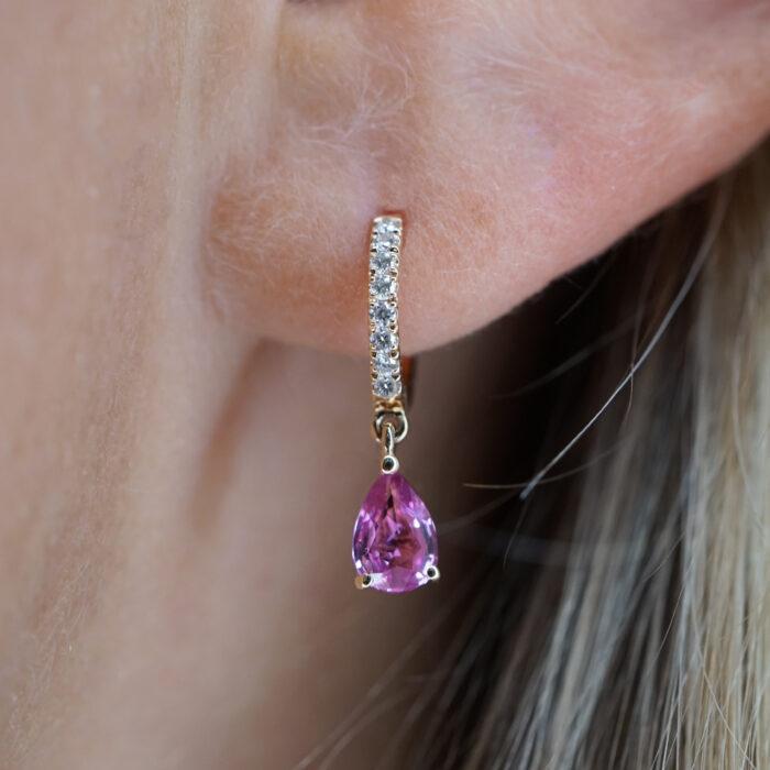 Rosanna Cattolico - Mono Orecchino cerchietto in oro rosa e diamanti con zaffiro rosa pendente taglio goccia