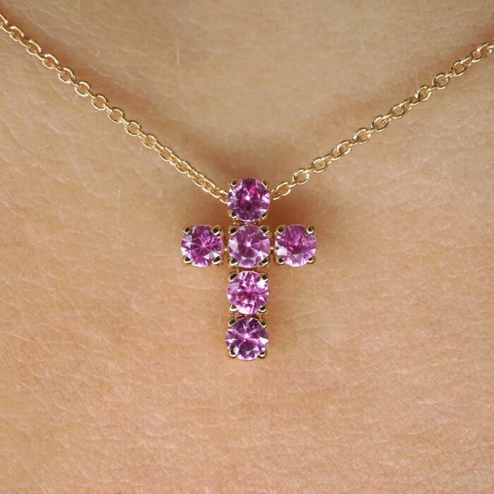 Crivelli - Collana in oro rosa con croce di zaffiri rosa